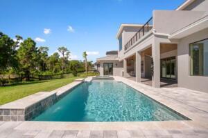 WE 175 05 Luxury Outdoor Living
