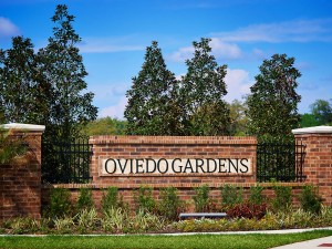 Oviedo Gardens Entrance